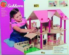 Dřevěný domeček s nábytkem a panenkami